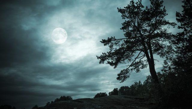 Galatians 2 moon reflects THE LIGHT