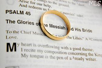 Psalm 45 ring