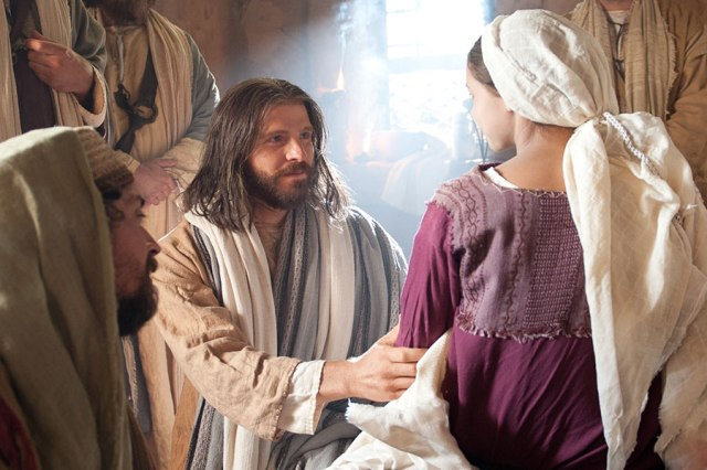 Matthew 9 Jesus raises a girl