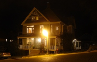 Luke 8 home light