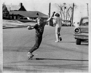 Genesis 20 skateboard